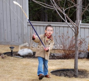 Boy_with_hockey_stick